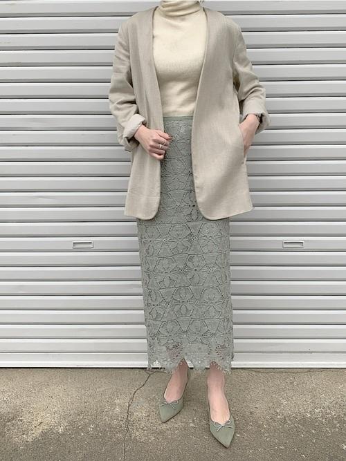 大人女子の冬のデートコーデ スカート3