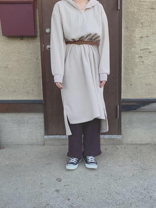 ワンピース×スニーカーコーデ10