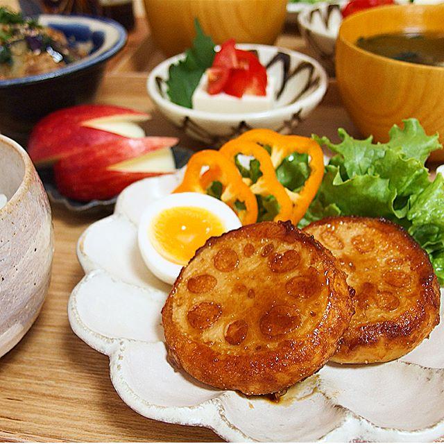 人気の料理。レンコンと明太子のいももち