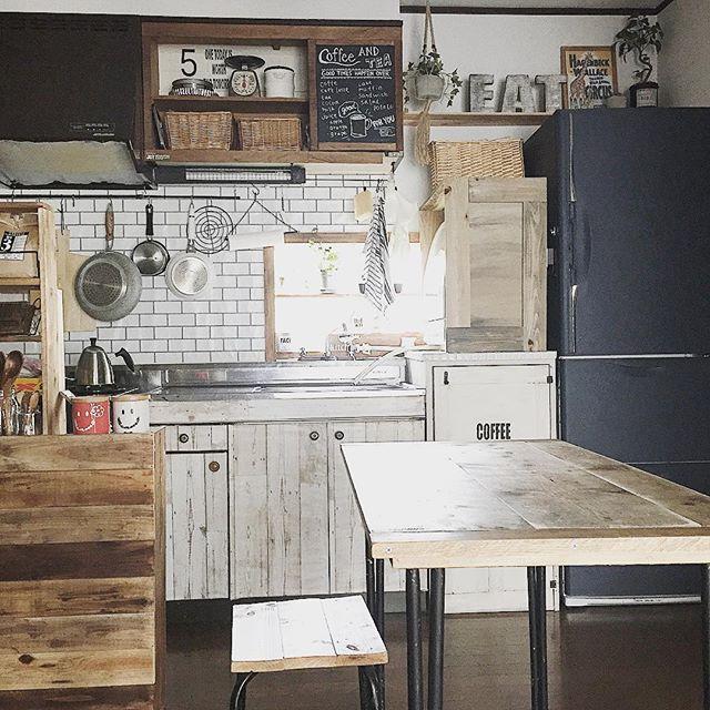 収納棚リメイク キッチンデコレーション