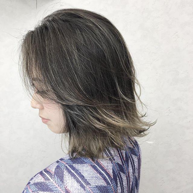 黒髪×ハイライトのスタイル《ボブ》4
