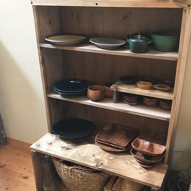 端材でOKな簡単DIY食器棚のキッチン収納