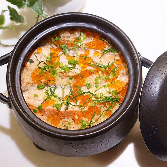 和食の献立に。鮭の炊き込みご飯レシピ