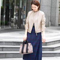 ベージュライダースコーデ【2020秋冬】好印象な女性らしい着こなし♪