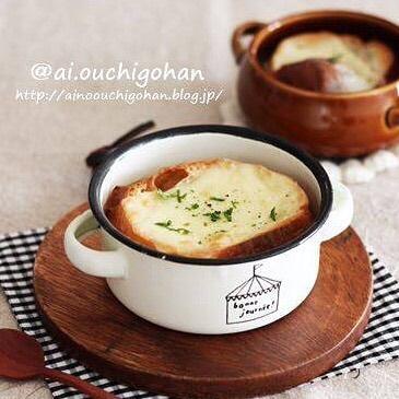 朝食におすすめ!オニオングラタンスープ