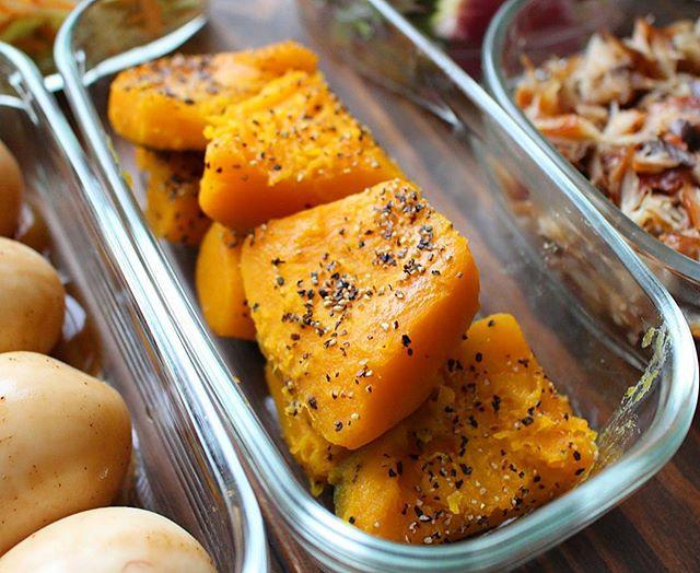 秋の味覚。かぼちゃ塩バターの煮物