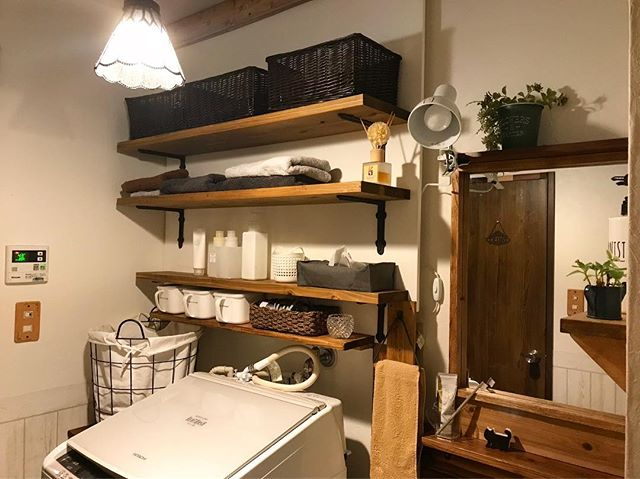 まず壁を作ってすっきり置く簡単DIY収納棚