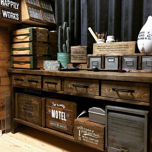 おしゃれな木箱にすっきり収納するアイデア