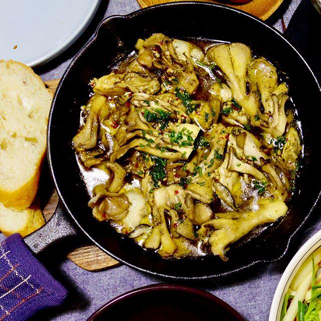洋風おつまみ。牡蠣と舞茸のアヒージョ