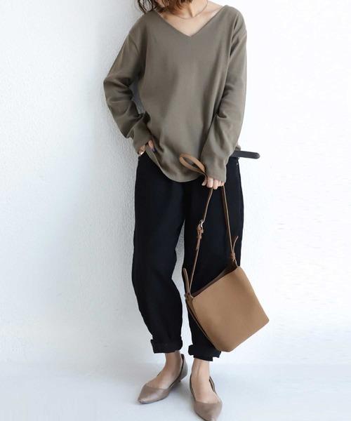 [antiqua] いつまでも、どんな時も着ていたい、絶対的な最重要トップス。ベーシックコットンフライスVネックロンT