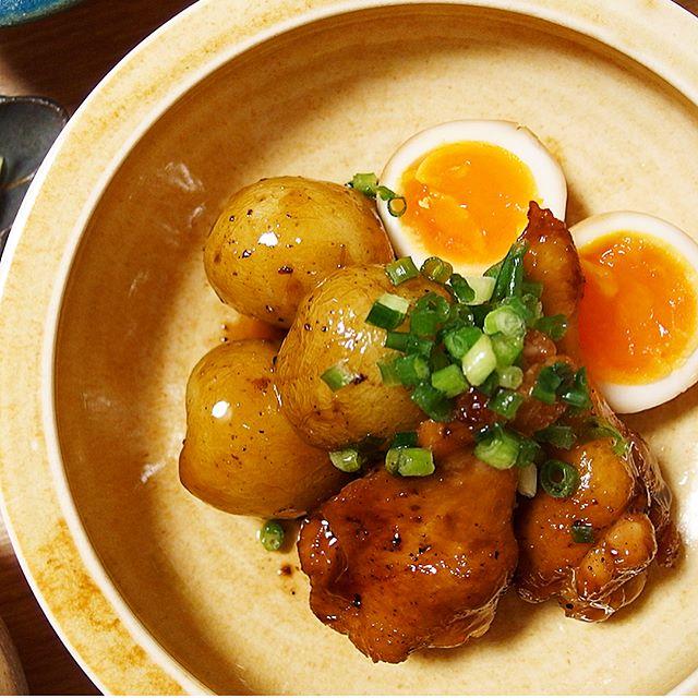 和食メニューに。じゃがいもと鶏手羽元の甘辛煮