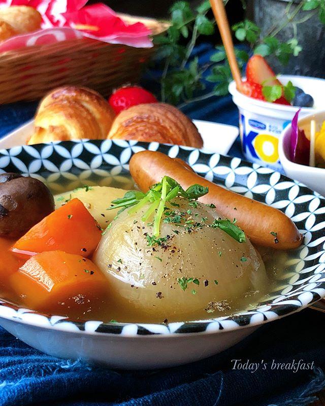 アウトドアで食べたい!ゴロゴロ野菜のポトフ