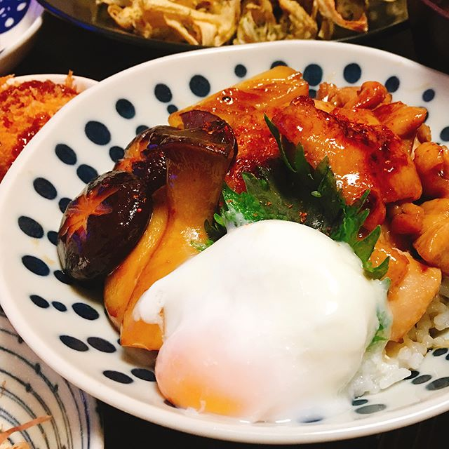 和食の献立に。鶏肉とキノコの照り焼き丼