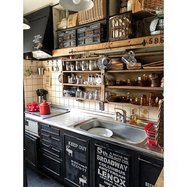 大容量!簡単DIY食器棚のキッチン収納