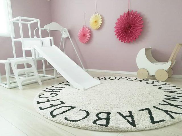 子供部屋のメインクロス
