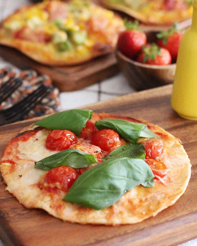 美味しいマルゲリータのトルティーヤピザ