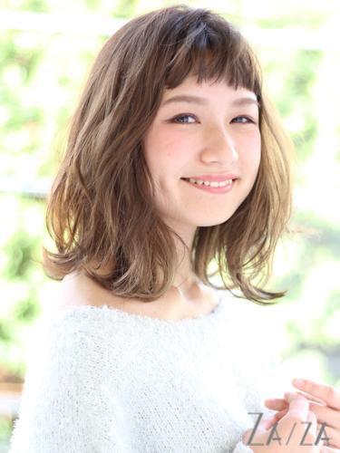 短め前髪×ミディアム7