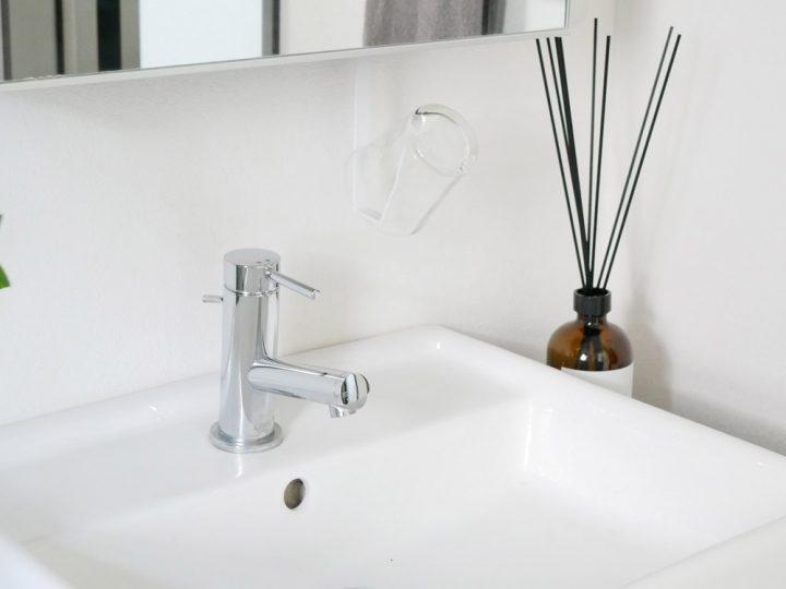 洗面戸棚下タンブラーホルダー 2