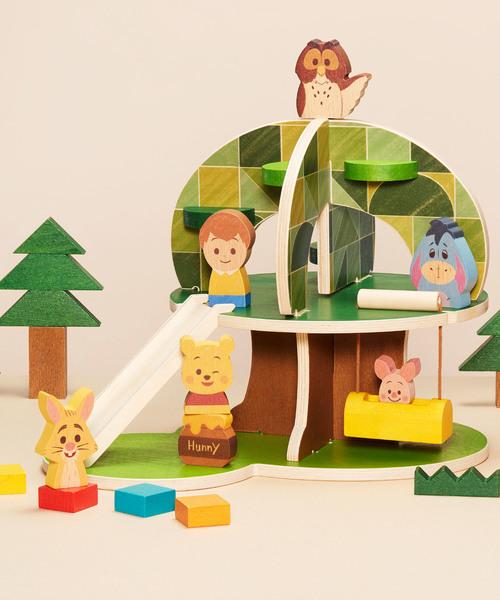 優しい色使いが魅力の木製ハウス