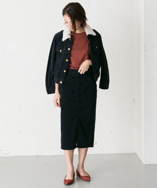 ボアジャケット×コーデュロイタイトスカート
