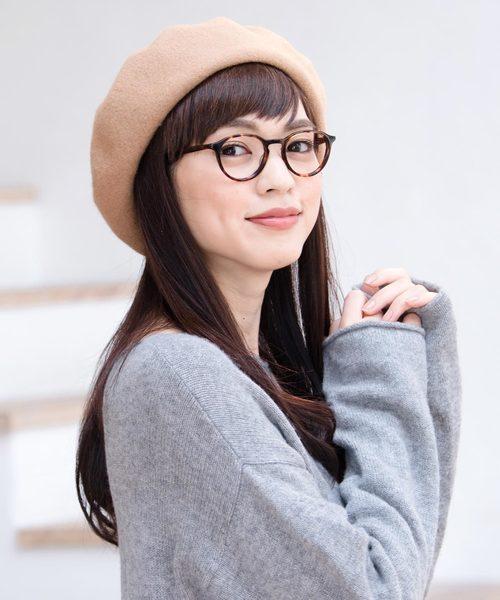 ベレー帽に似合うロングヘアアレンジ【秋冬】
