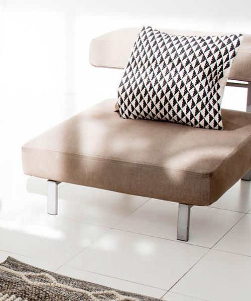 [sarasa design store] b2c クッションカバー トライアングル|45×45cm