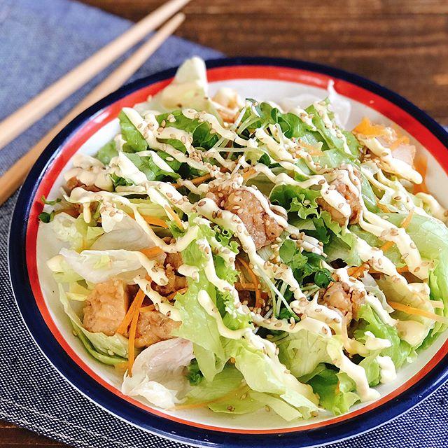 手巻き寿司に合う。鶏肉とレタスのおかずサラダ