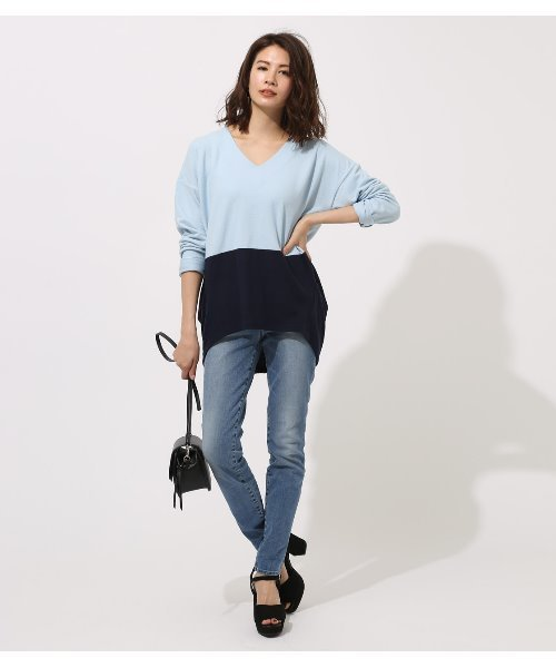 [AZUL BY MOUSSY] BICOLOR V NECK TOPS/バイカラーVネックトップス