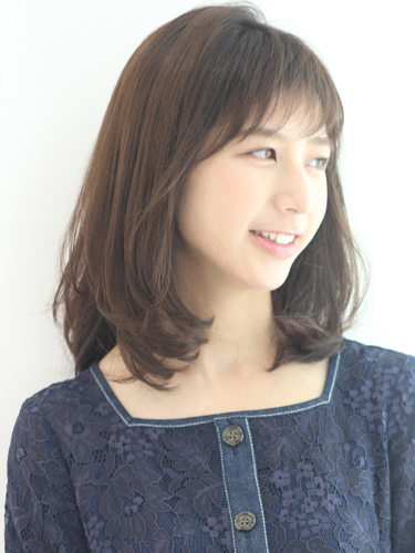 毛量が少ない女性に似合う髪型【ミディアム】5