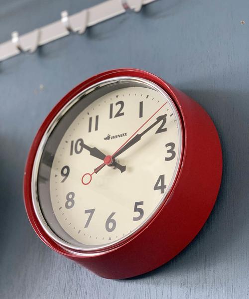 カラーが可愛いおしゃれな壁掛け時計