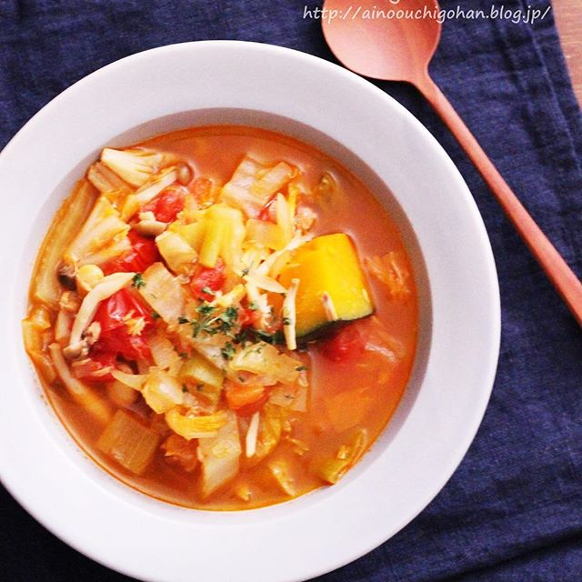 缶詰が便利!ツナトマトスープ