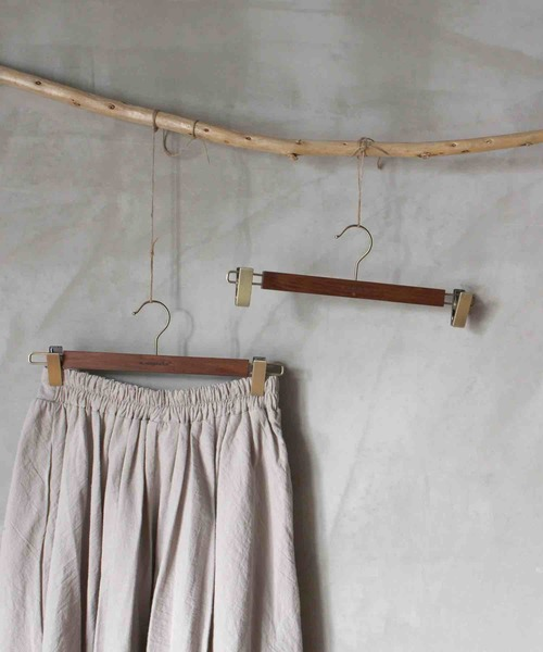 [a.depeche] wood hanger press board / ウッドハンガープレスボード