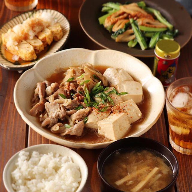 毎日の献立に人気。舞茸入り肉豆腐