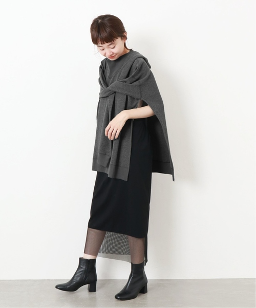 黒チュールスカートの秋冬コーデ12