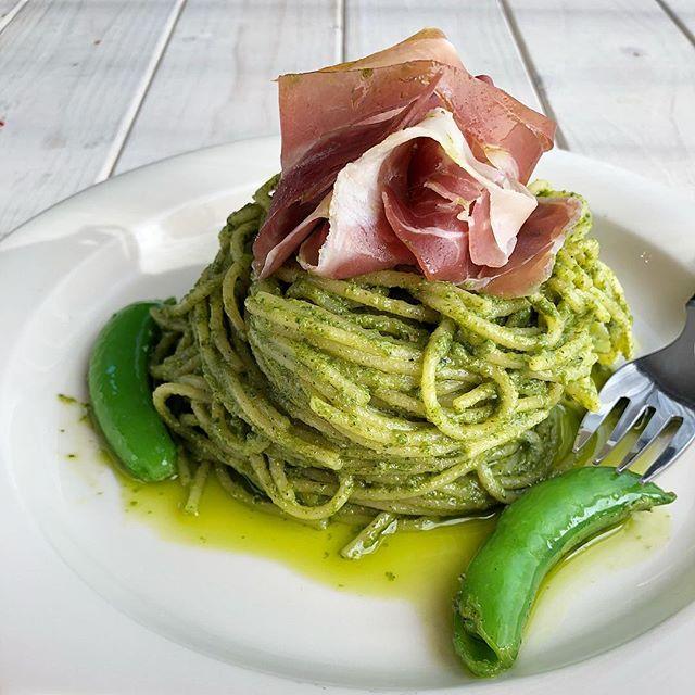 イタリア料理の伝統レシピ。ジェノベーゼパスタ