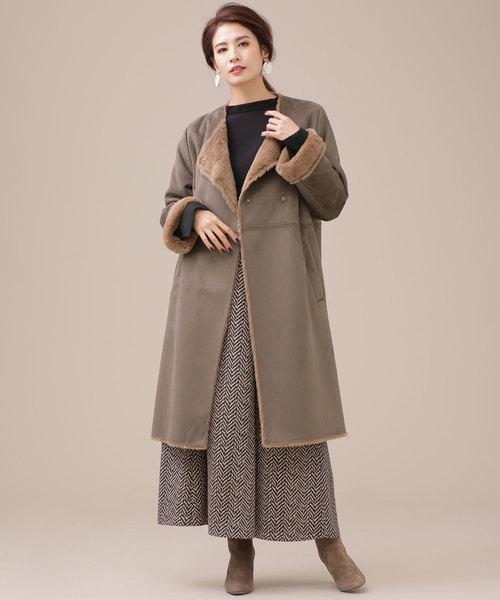 ノーカラーコート×上品スカート