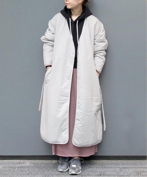 ビッグサイズコート×ピンクスカートコーデ
