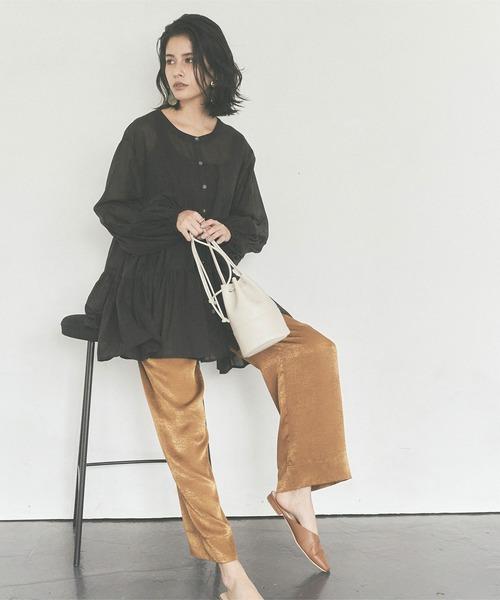 気分に合わせて選べる大人の秋ファッション【パンツ】
