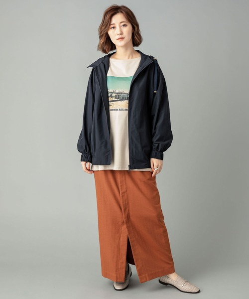 アノラックブルゾン×ロングタイトスカート