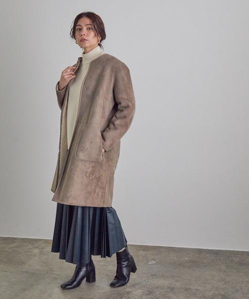 リバーシブルコート×プリーツスカート