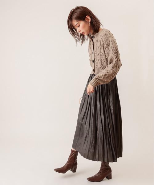 [natural couture] レザーライクナイルサテンプリーツスカート