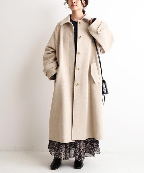 ウールロングコートの服装