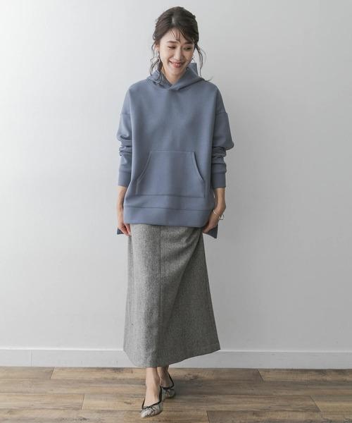 パーカー×ツイードスカート