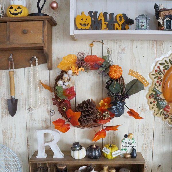 ドアに飾れるハロウィンデコレーションリース