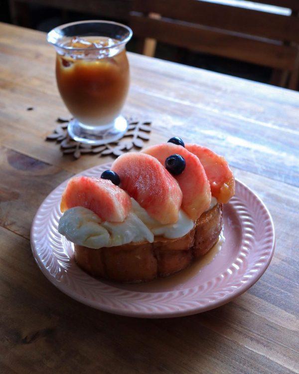 果物乗せがおすすめ!フレンチトースト