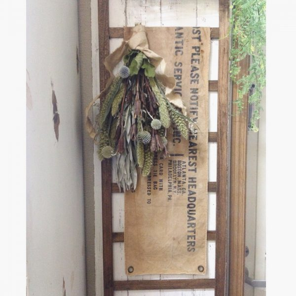 ドライフラワーとタペストリーの飾り方実例