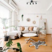 10畳リビングのおすすめレイアウト実例!広く見せるソファやテーブルの配置は?