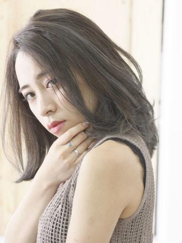 40代くせ毛×ミディアム髪型【前髪なし】8