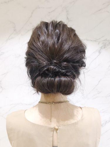 留袖に似合う50代女性の髪型《セミロング》3