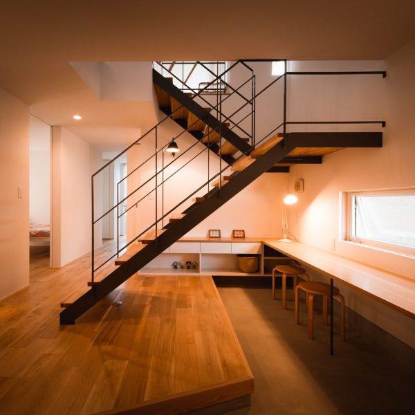 階段がお洒落な住まいのインテリア3